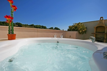 Picture of Jacuzzi & Pool GrupalMalaga in Torremolinos