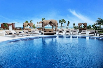 Gambar Hideaway Royalton Riviera Cancun Mx All InclusiveAdults Only di Puerto Morelos