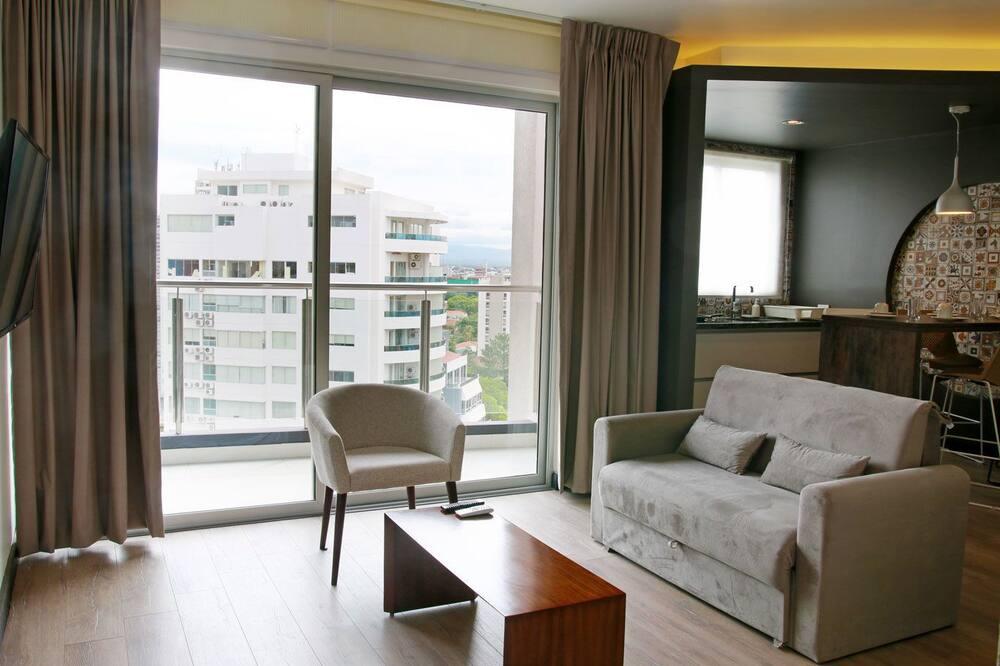 Standard Suite, 1 Queen Bed, Accessible - Living Room