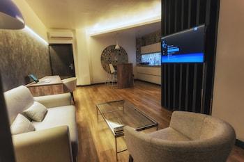 Picture of Urban Suites Apart Hotel in Santa Cruz