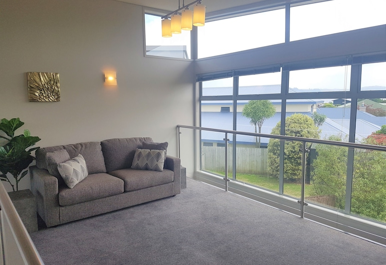Close To The Lake, Taupo, House, 3 Bedrooms, Living Area
