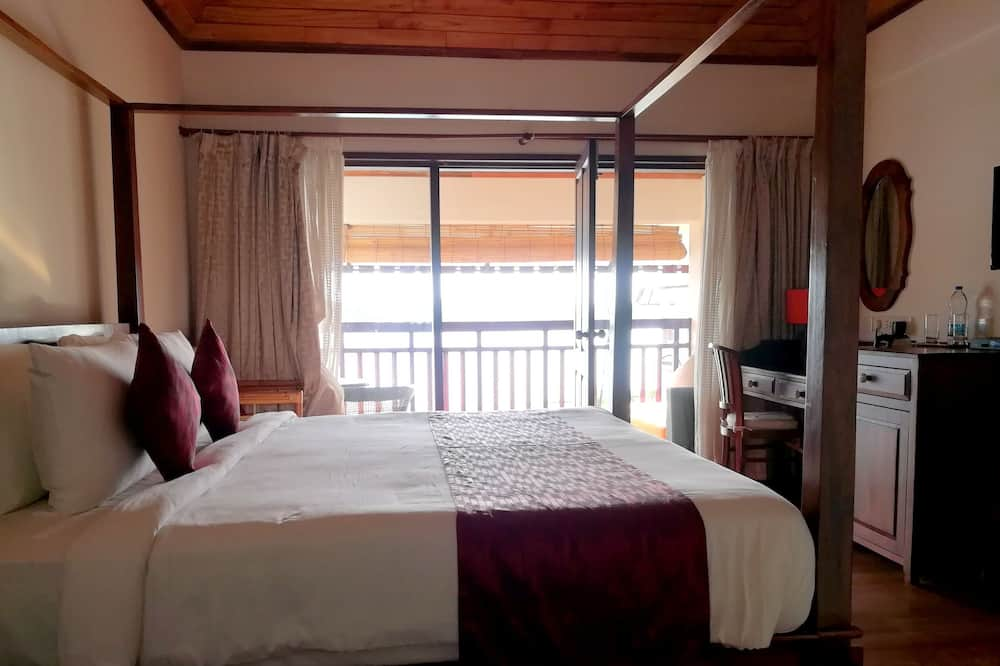 Deluxe Double Room, 1 Queen Bed, Accessible, Lake View - Lake View