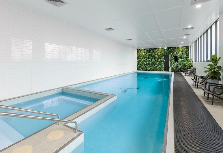 瑪思科特科沃爾德茲街美利頓套房飯店, 馬斯覺, 室內游泳池
