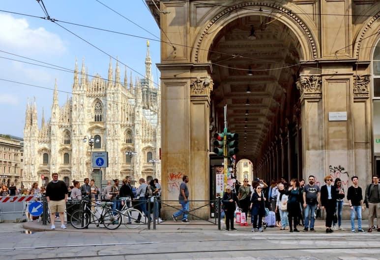 Hintown Via Mazzini, Milano, Vista dalla struttura