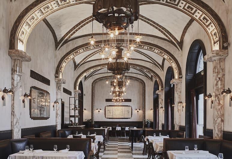 Callas House, Budapešť, Reštaurácia