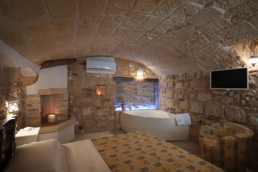Romantic korter läbi kahe korruse (Vico Amalfitana 47) - Privaatne mullivann