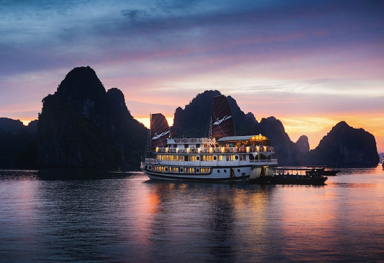 Swan Cruises Halong, Ha Long, Exterior