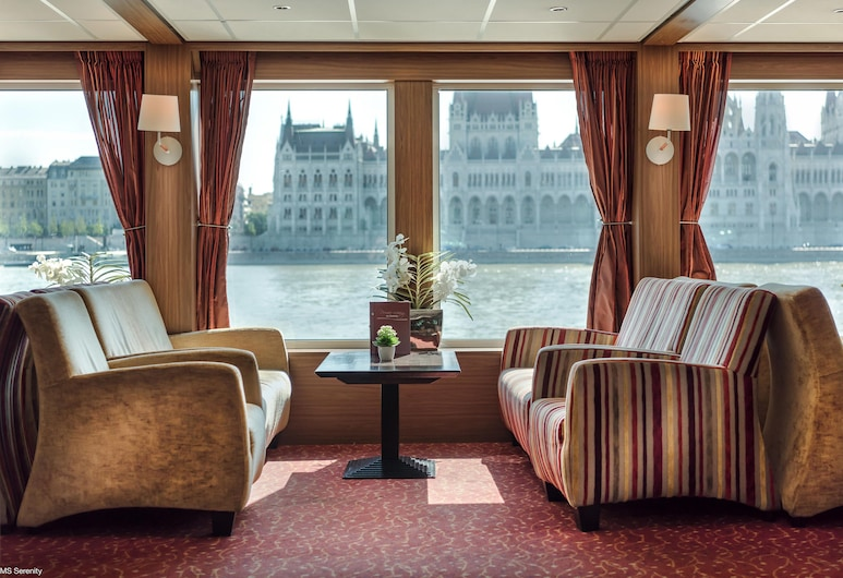 Select MS Serenity - Neuss, Neuss, Hotel Lounge