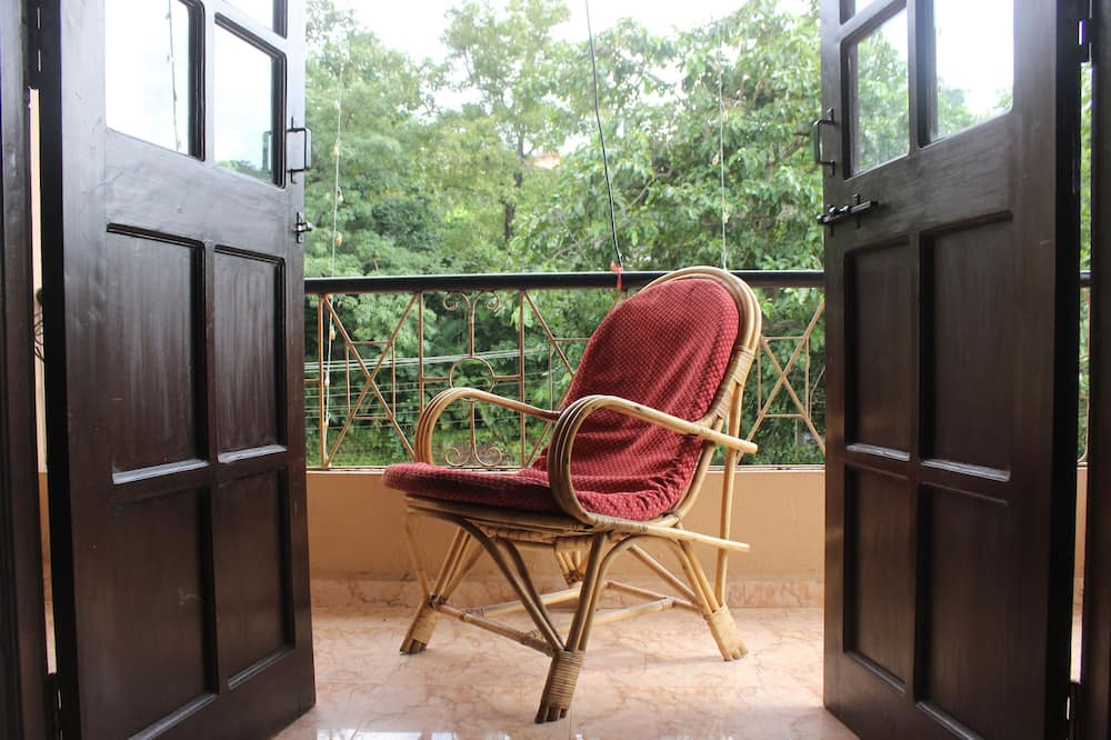 Standard Double or Twin Room, 1 Double Bed, Private Bathroom - Balcony
