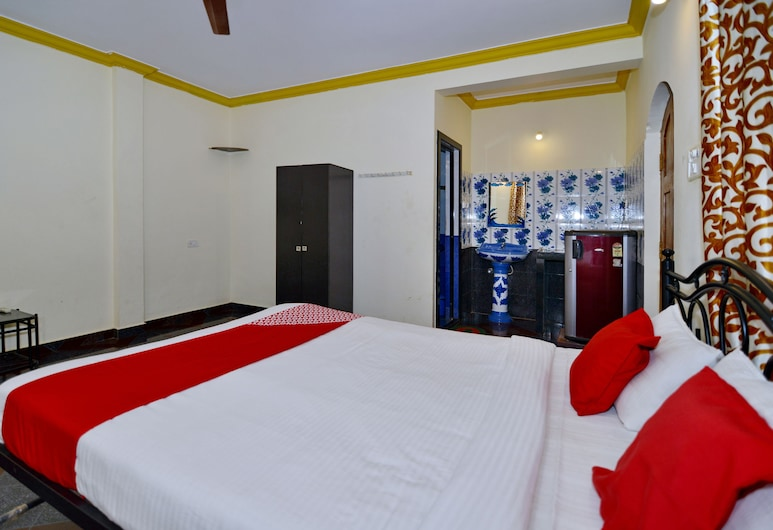OYO 9604 Anna Guest House, Calangute, Double or Twin Room, Guest Room