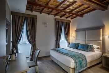 在罗马的雷吉尼拉套房酒店照片