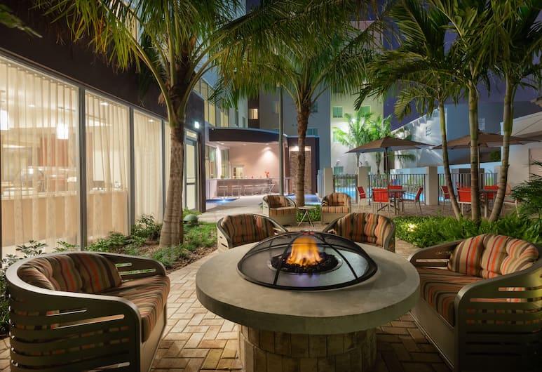 Staybridge Suites Miami International Airport, Miami, Terrazza/Patio