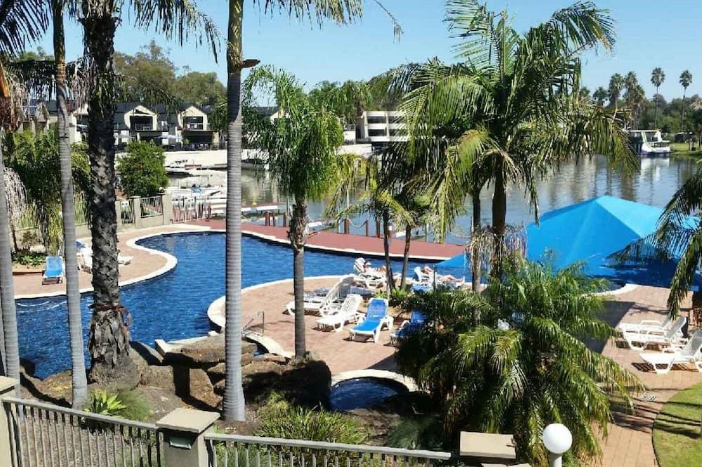 Luxe appartement, 2 slaapkamers, uitzicht op meer - Uitgelichte afbeelding