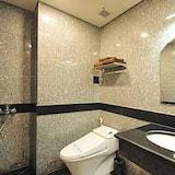 Basic Single Room (No Window) - Bilik mandi