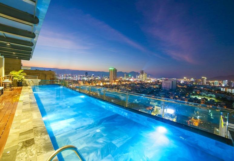 蜆港聖馬林諾精品飯店, 峴港, 頂樓游泳池