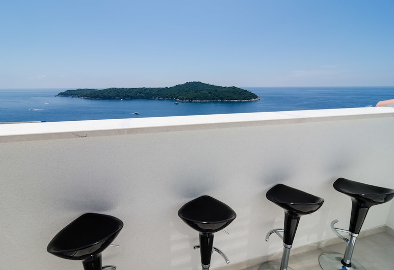 Apartments Villa Ari, Dubrovnik, Apartamento, 3 quartos, Sacada, Vista para o mar, Varanda