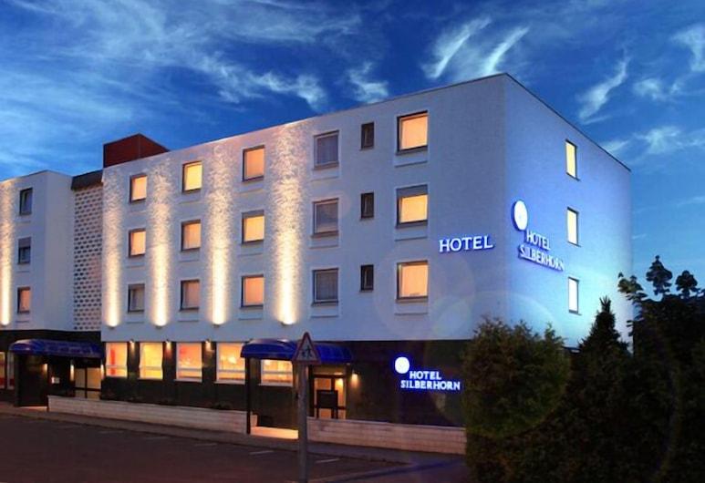 Hotel Silberhorn, Norimberk, Průčelí hotelu ve dne/v noci