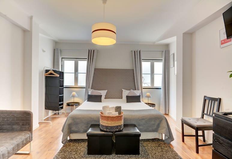 Inn Bairro Alto Bed & Breakfast, Lisboa, Dobbelt- eller tomannsrom – superior, delt bad, Gjesterom