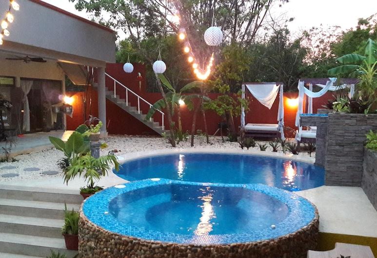 Oasis House B&B Cancun, קנקון, אמבט ספא חיצוני