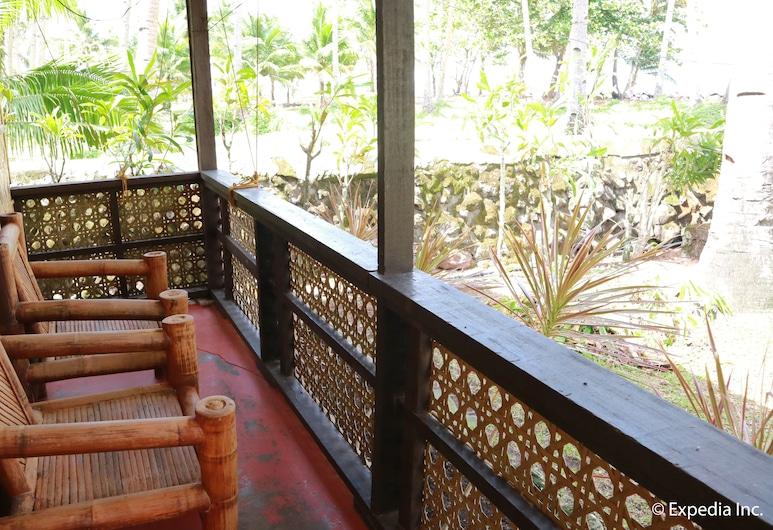 Caves Dive Resort, Mambajao, Cottage (Fan ), Balcony