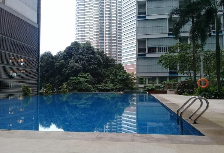 City Residences 2 Bedroom Apartment KLCC, Kuala Lumpur, Vonkajší bazén