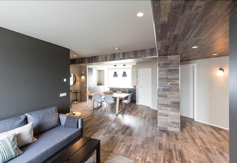 Acco Luxury Apartments, Akureyri, Apartment, 3 Bedrooms, Living Area