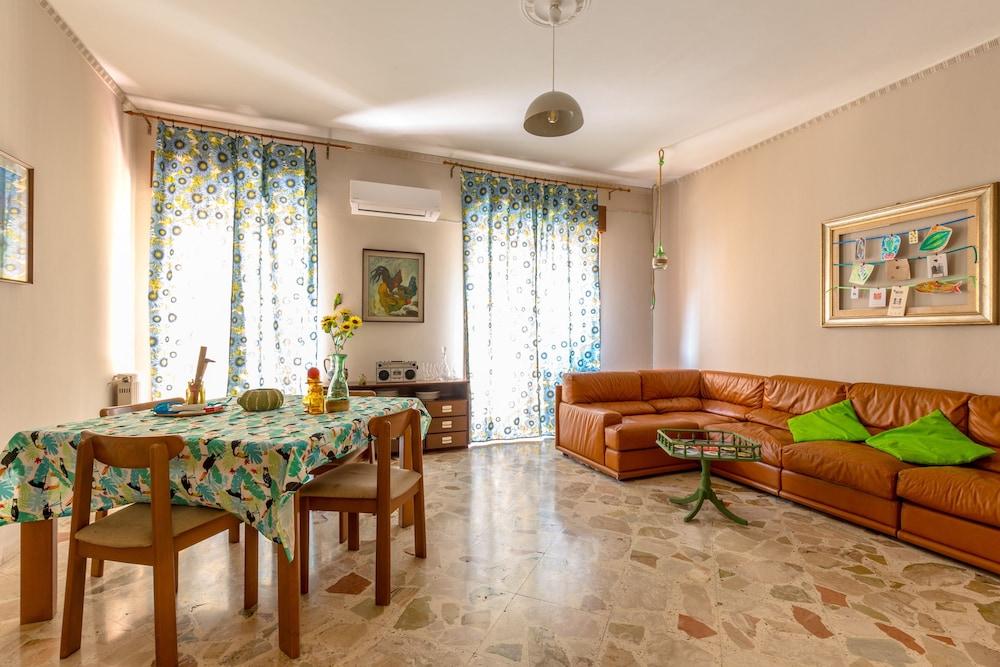 Book Casa Divisi Vintage at La Kalsa in Palermo Hotelscom