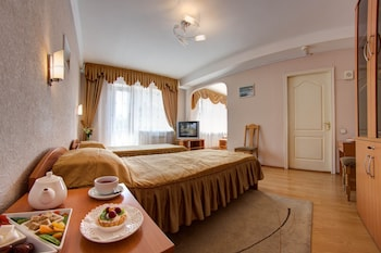 Picture of Holosiivskyi Hotel in Kiev