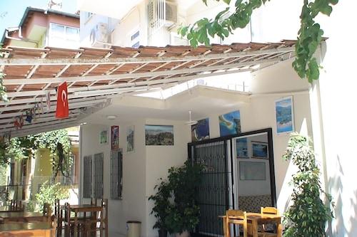 澳努尔旅馆/