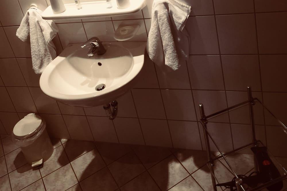 Класичний двомісний номер - Ванна кімната