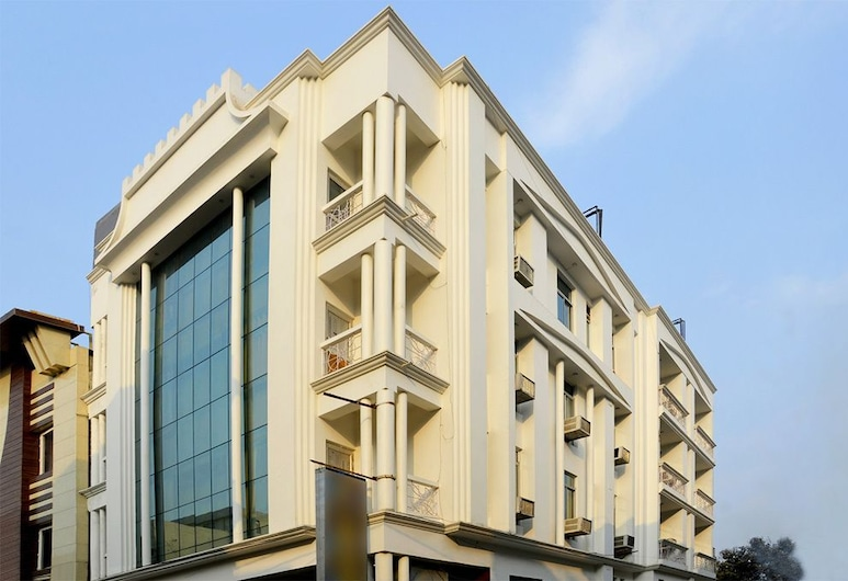Hotel Europe Plaza, Lucknow