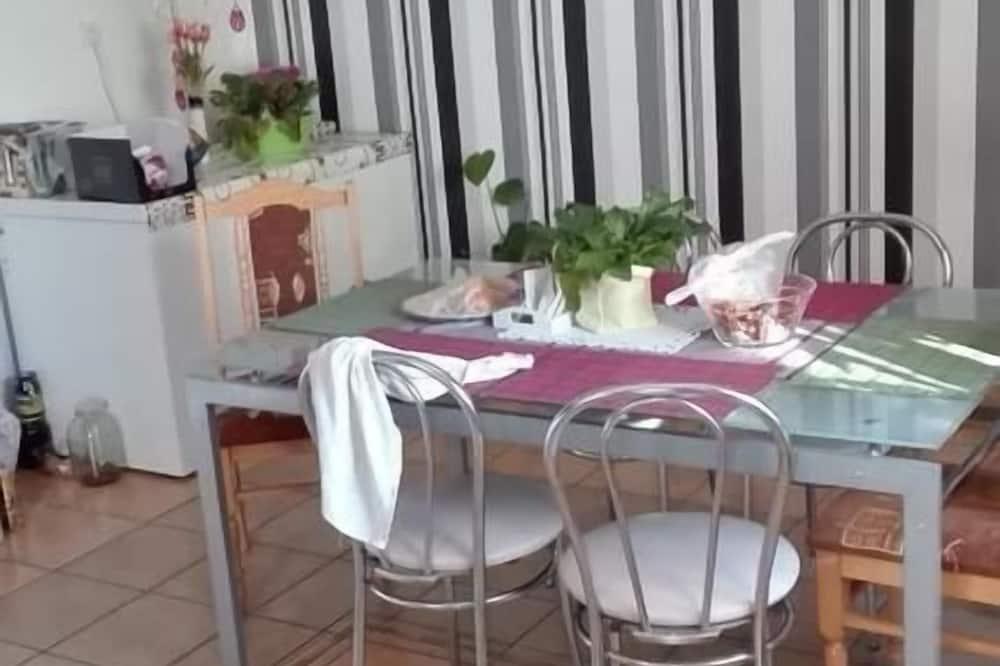 Appartamento, balcone - Pasti in camera
