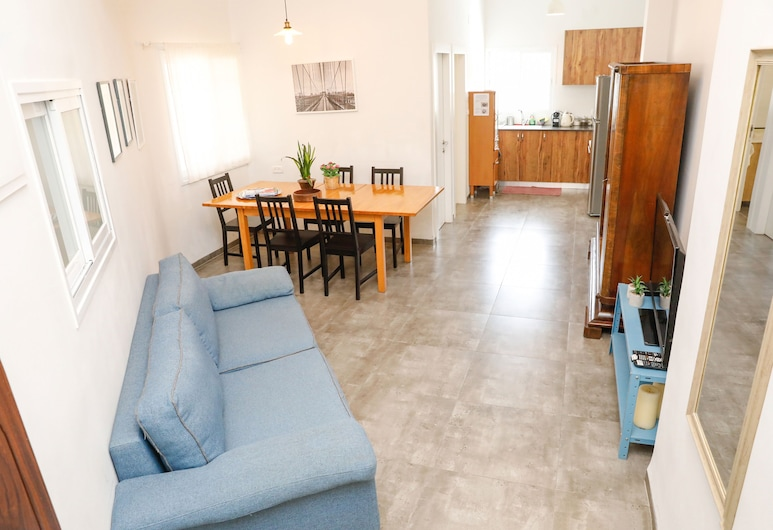 Carmel Apartments, Haifa