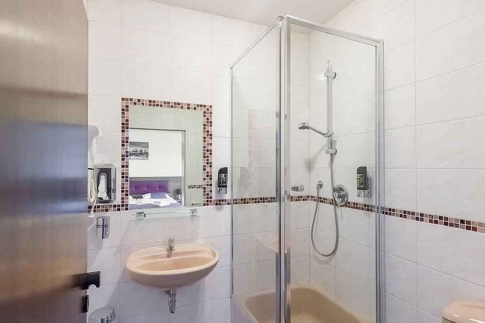 Kamar Double Comfort, pemandangan kota - Kamar mandi