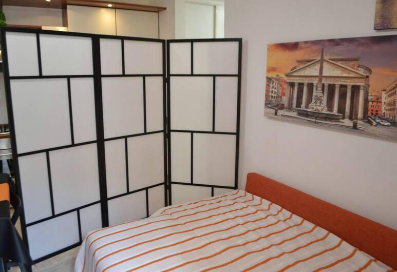 Orange Apartment, Rome