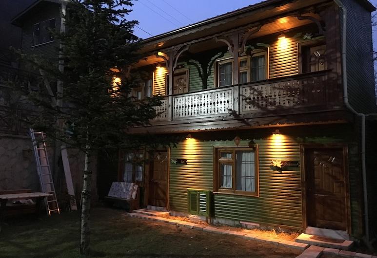 Abant Dort Mevsim Konagi, Bolu, Facciata hotel (sera/notte)