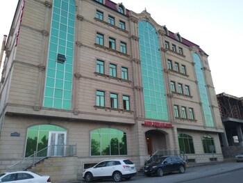 Picture of Abu Turan Hotel in Baku