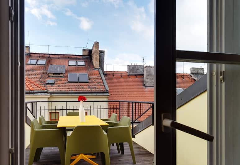 Empirent Chic River Apartments, Prag, Apart Daire, 5 Yatak Odası (Vojtesska 3/10,11), Teras/Veranda