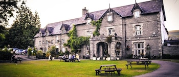 Picture of The Old Rectory Country Hotel in Crickhowell
