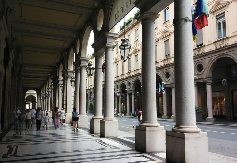 San Secondo, Torino, Esterni