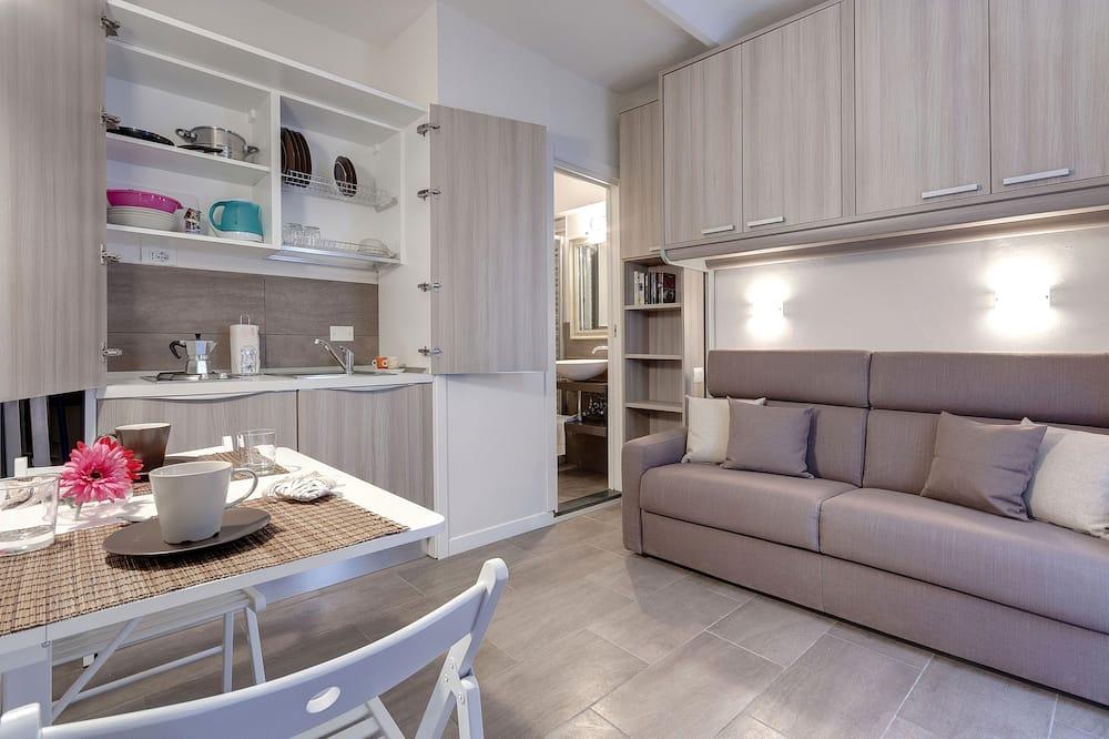 Studio (Via De Macci 31, Florence) - In-Room Dining