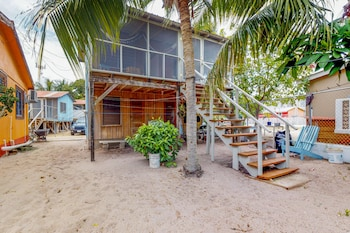Picture of Carol's Cabanas in Placencia