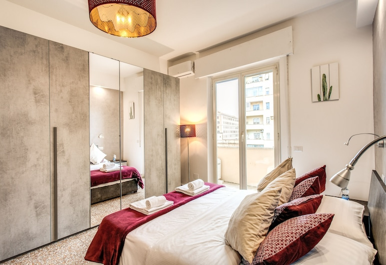 Colonna Suite - San Giovanni , Rome, Apartment, 1 Bedroom, Kitchen, Room