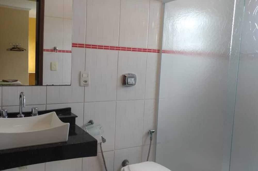 Štandardná trojlôžková izba, 1 spálňa - Kúpeľňa