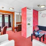 パノラミック アパートメント 1 ベッドルーム バルコニー リバービュー - リビング エリア