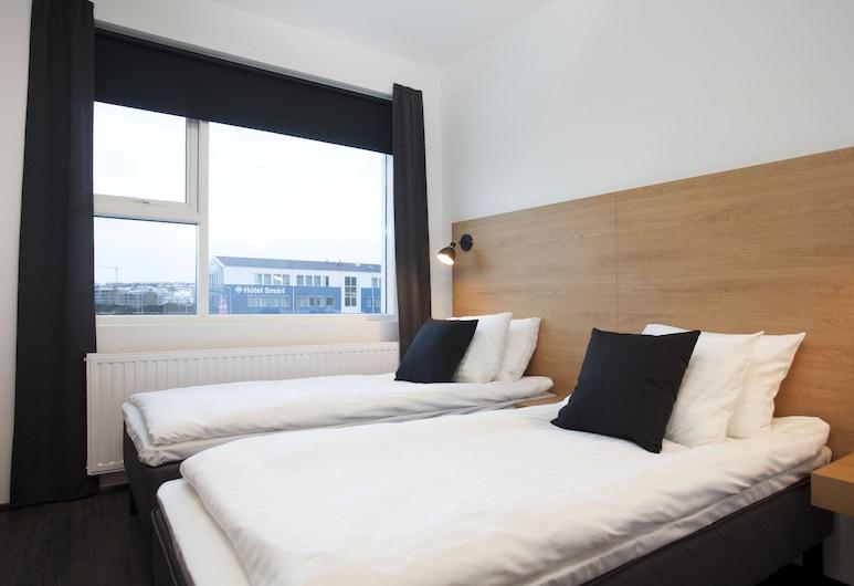 201 Hotel, Kopavogur, Standard Triple Room, Guest Room