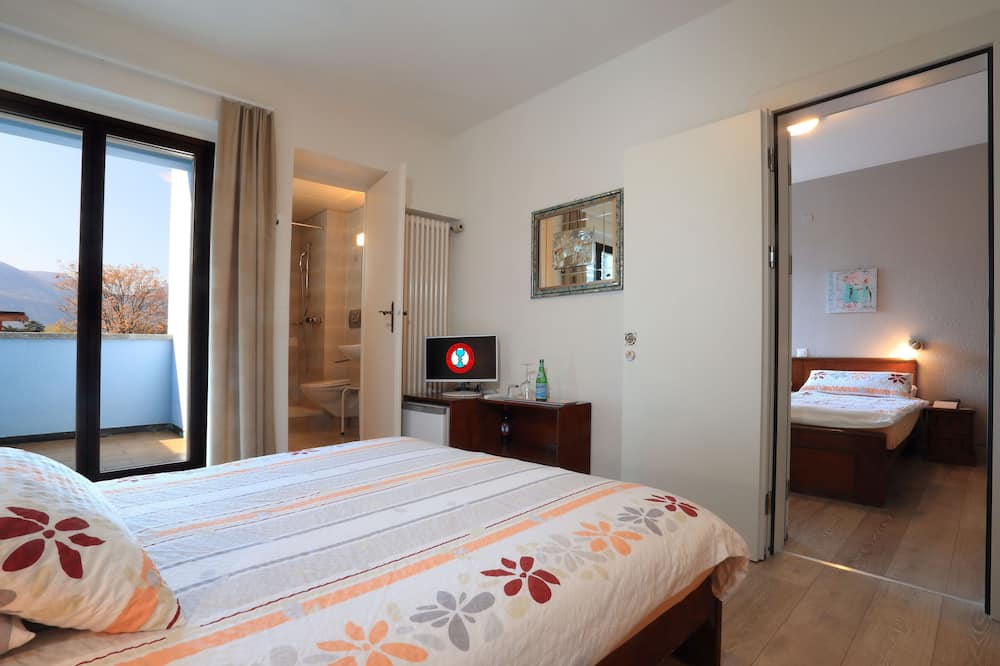 Basic Double or Twin Room, Non Smoking, Garden View - Guest Room