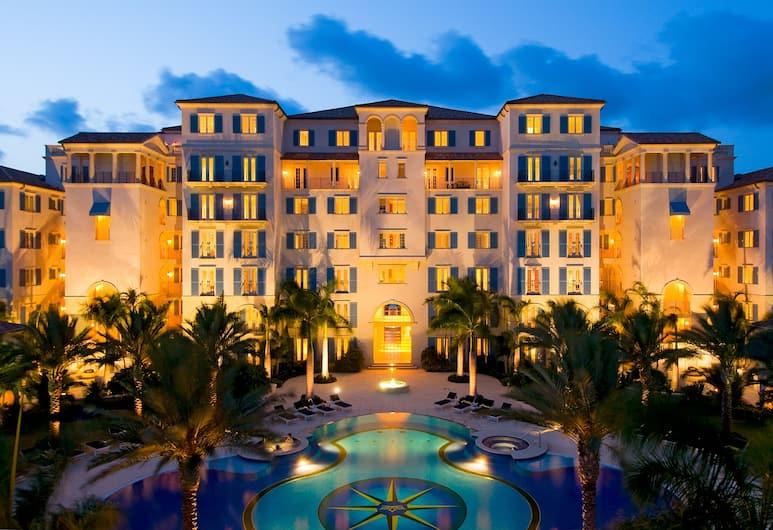 Bianca Sands on Grace Bay, Providenciales-sziget, Hotel homlokzata - este/éjszaka