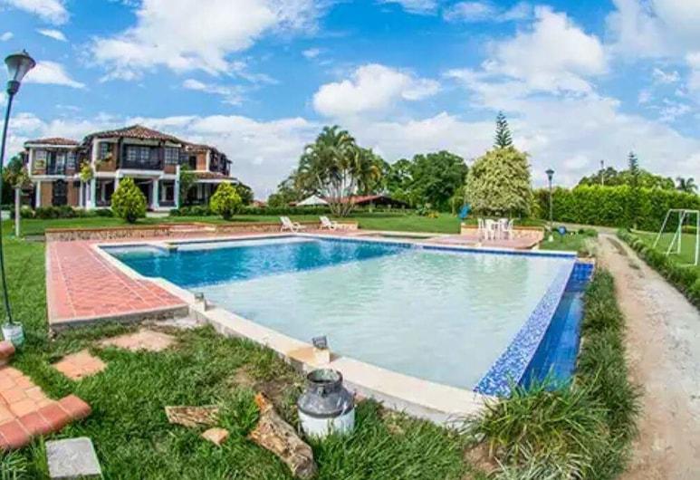 Villa Manuela - Finca Hotel Casa Nostra, Quimbaya, Outdoor Pool