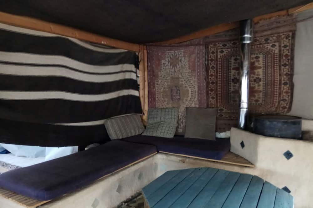 이코노미 공용 도미토리, 남녀공용 도미토리, 공용 욕실 (No bed, mattress provided) - 거실 공간
